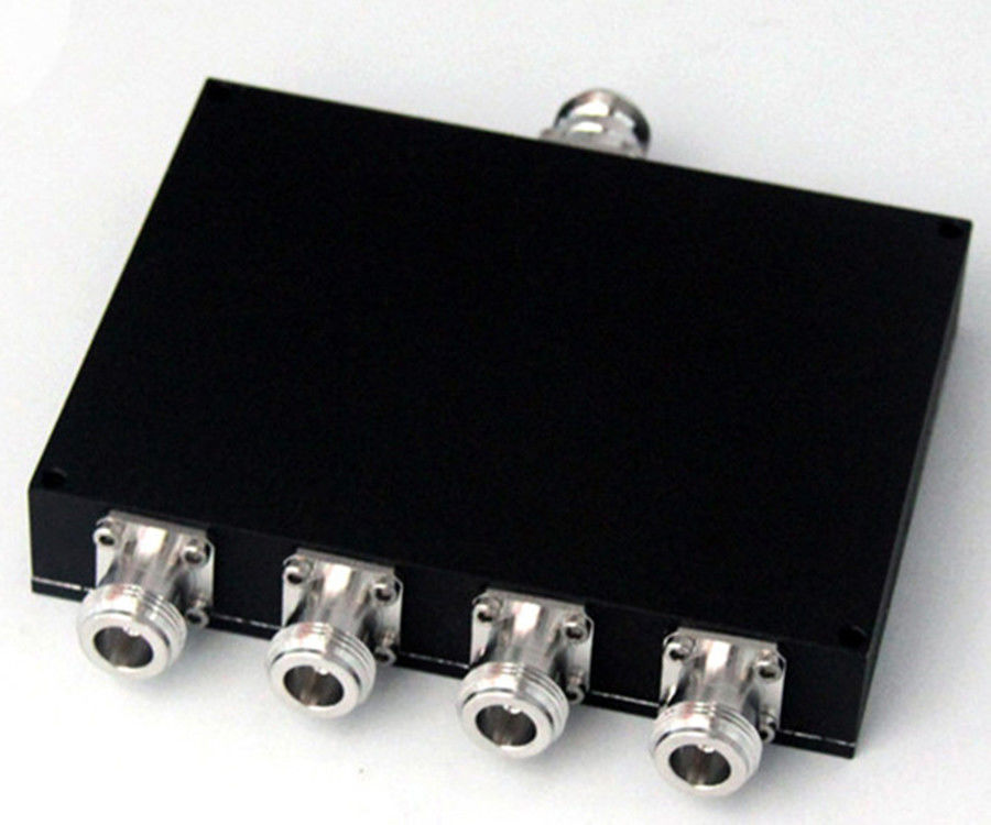 Microwave Passive Device RF 4 Way Stripline Power Divider 2 - 8GHz